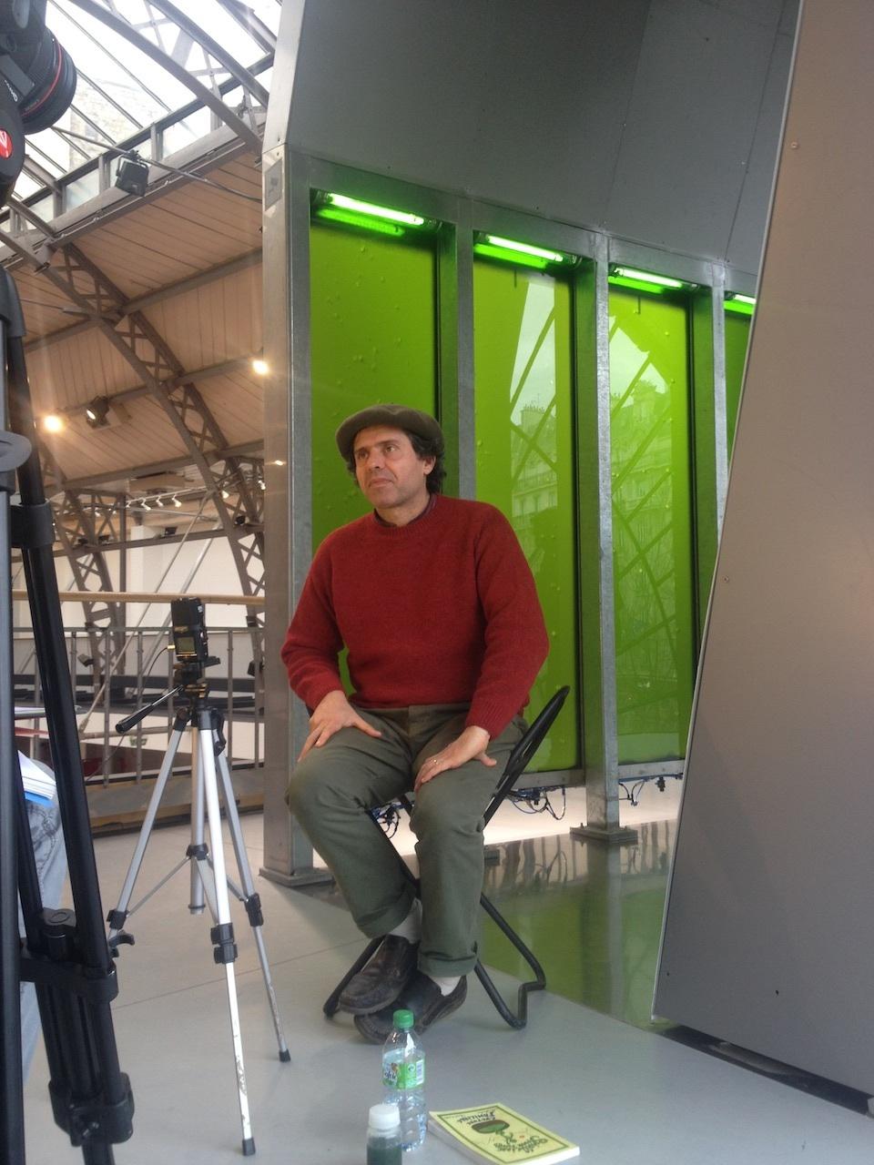 Tournage d'un documentaire sur la spiruline, Arsenal de Paris, janvier 2014.